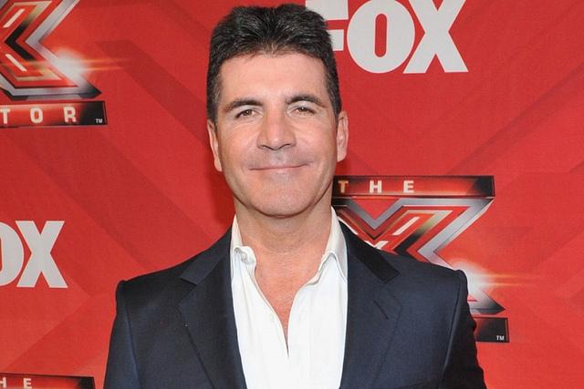 """The X-Factor Mỹ """"đóng cửa"""", Simon Cowell trở lại ghế nóng phiên bản Anh"""