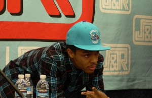 Bow Wow Autograph Signing