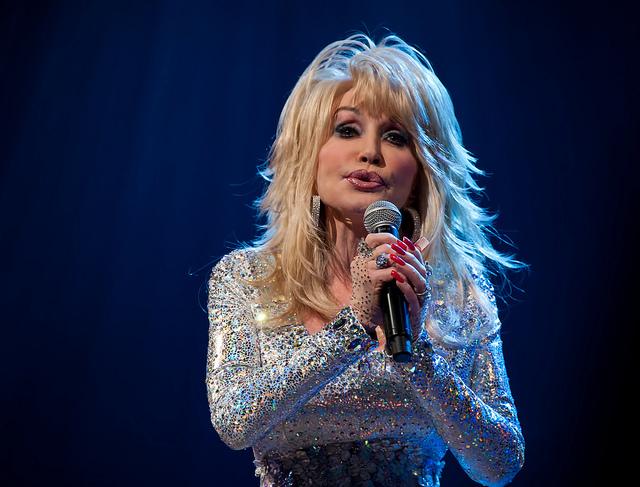 Dolly Parton - Grand Ole Opry, Nashville, TN (09/24/2011)