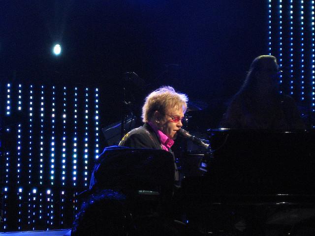 Elton John 07
