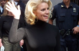 Jessica Simpson, on 6th Ave