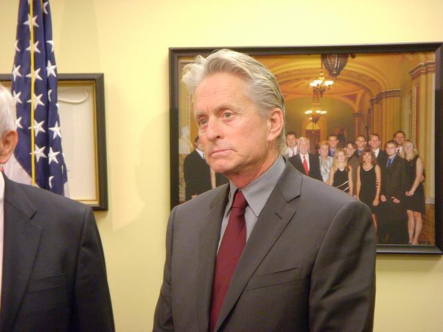 Michael Douglas visits Sen. Dick Lugar (R-Ind.)