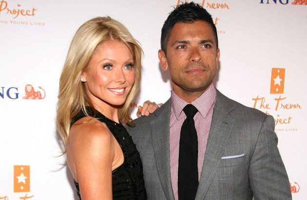 kelly-rippa-mark-consuelos