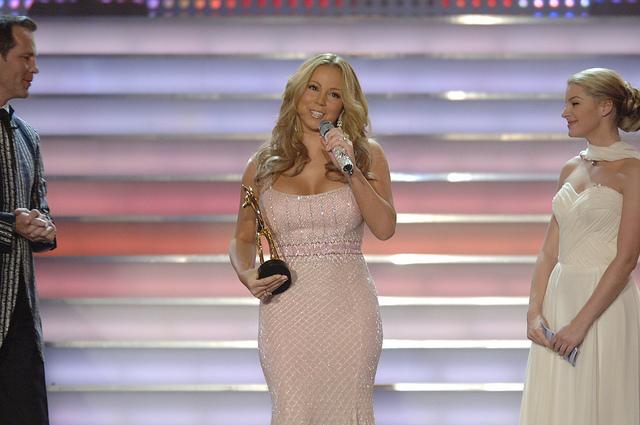 Mariah Carey, 2005