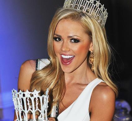 Angelia Layton Miss Utah 2014 Send Off Party 3