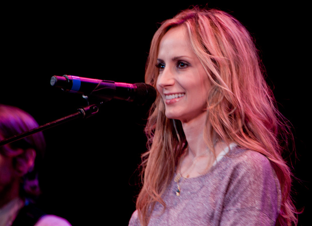 Chely Wright on the Sun